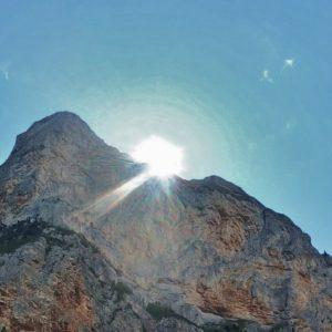 La clef est là haut sur la montagne…